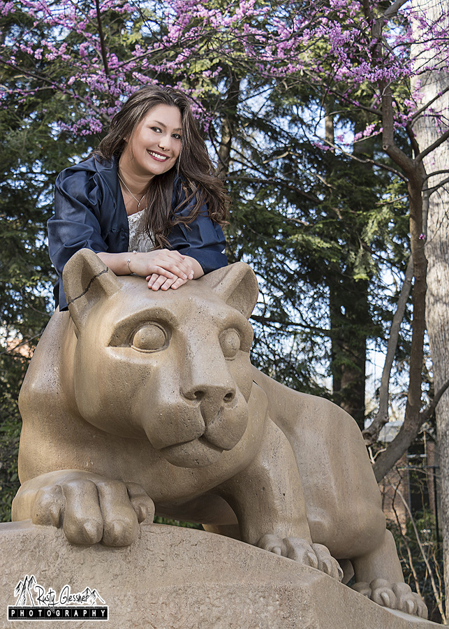 Penn State graduation photo at the NIttany Lion Shrine by State College photographer Rusty Glessner