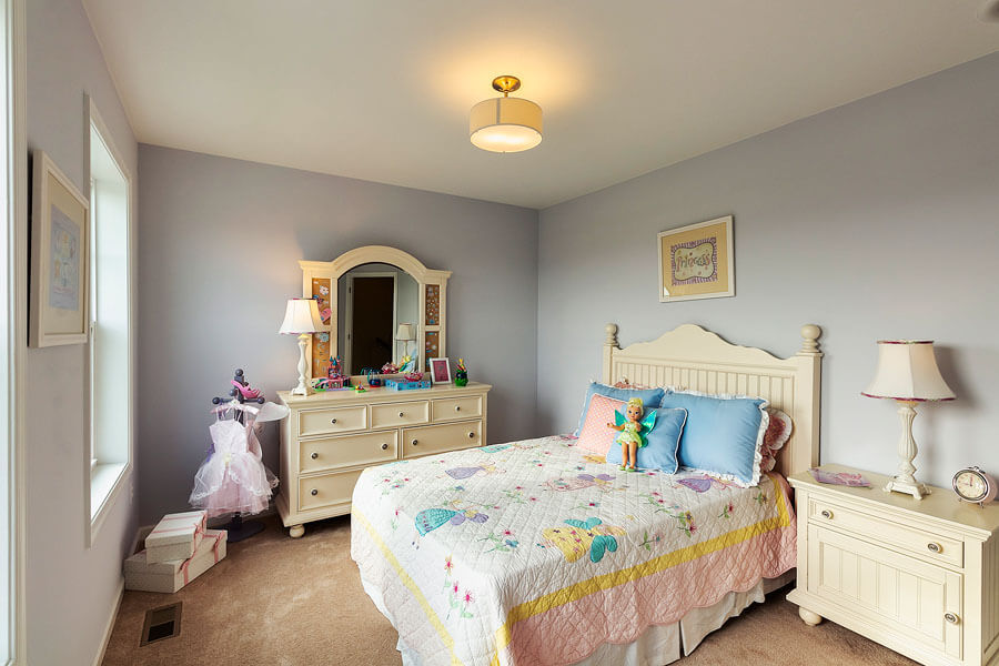 Girls bedroom photo by State College real estate photographer Rusty Glessner